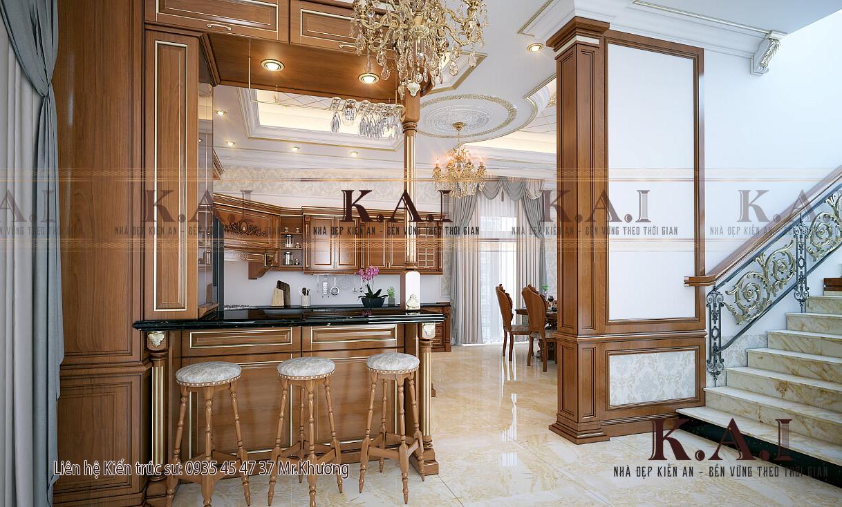 Phòng bếp ở biệt thự ưa chuộng đồ gỗ cổ điển châu Âu