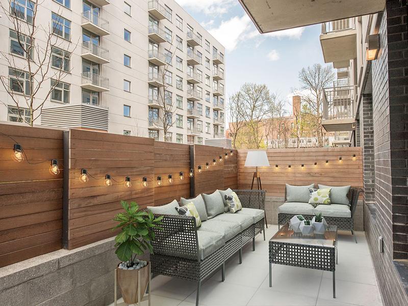 Trang trí ban công chung cư trở thành không gian lý tưởng